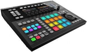 Native Instruments MASCHINE STUDIO black, white